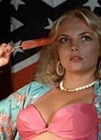Rebecca nackt Perle Patricia Blair