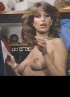 Connie Foster  nackt