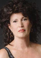 Sylvia Barlow  nackt