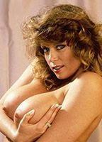 Tracey Birdsall  nackt