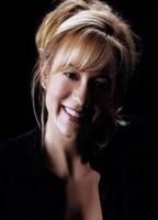 Megyn Price's Image