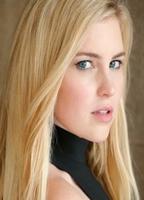 Shannon Seyffert  nackt