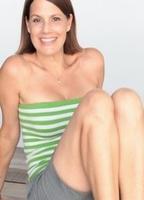 Dean nackt Suzanne  Suzanne Dean