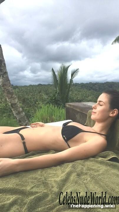 Nackt nude lena meyer-landrut OMG! Lena