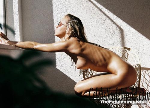 Mimi Elashiry  nackt