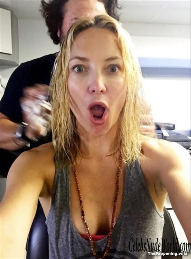 Kate Hudson Tits