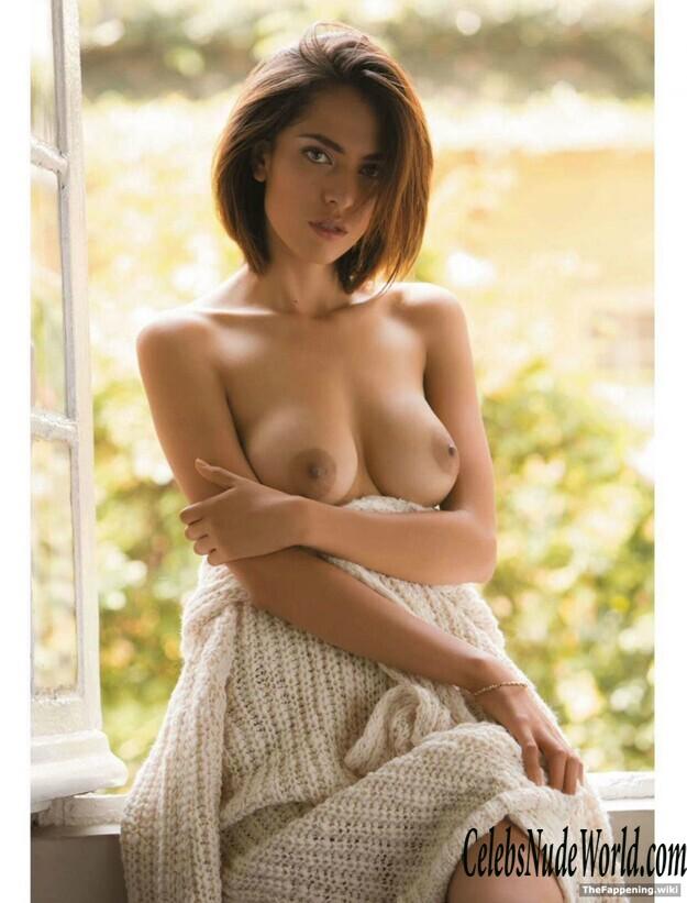 Paula nude