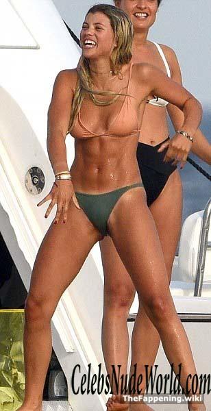 Sofia Ritchie Nude