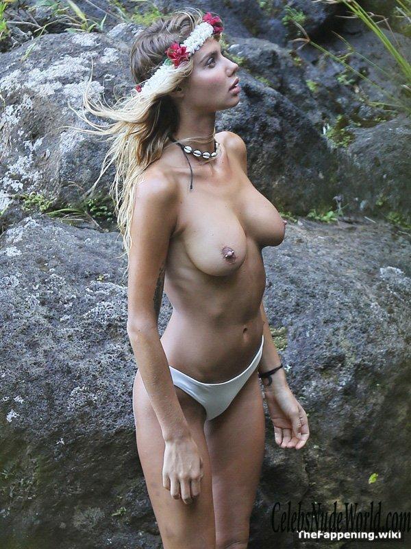 Nude ray How Big
