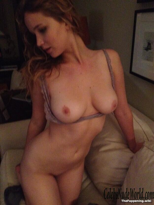 Jennifer Nude