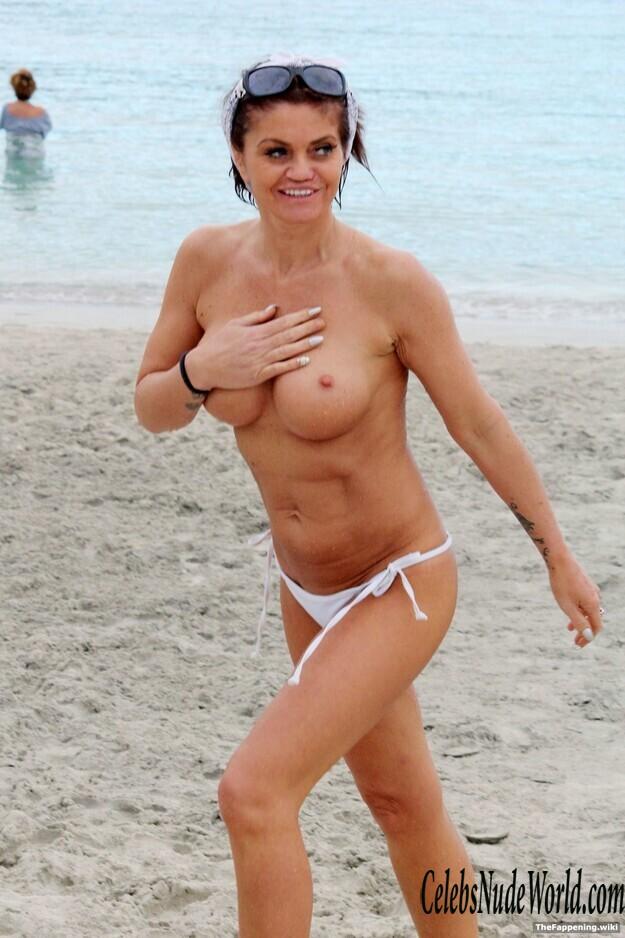 Danniella Westbrook  nackt