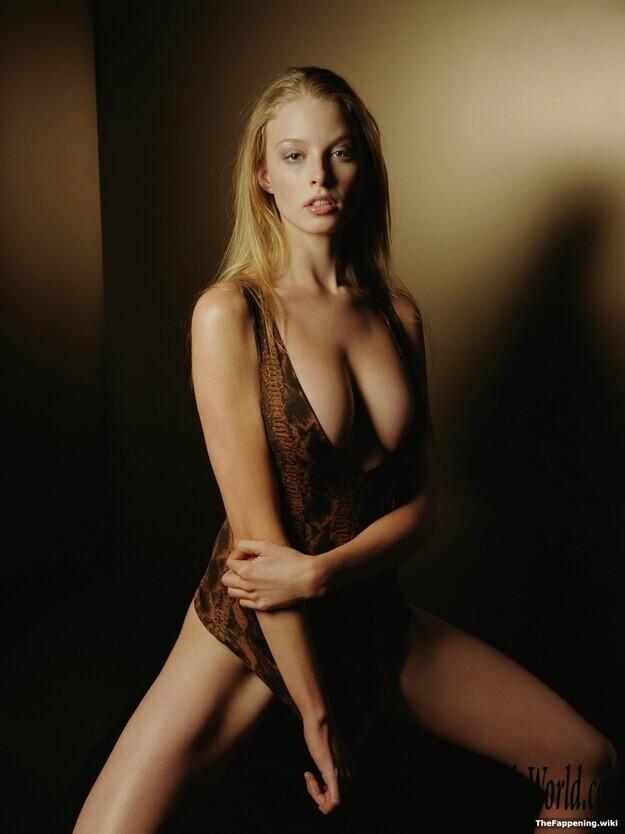 Rachel Nicole Nude