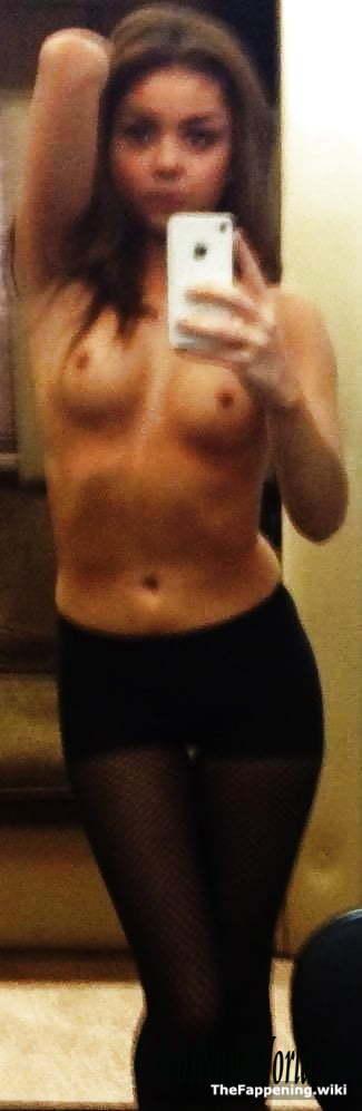 Sarah Hyland Naked
