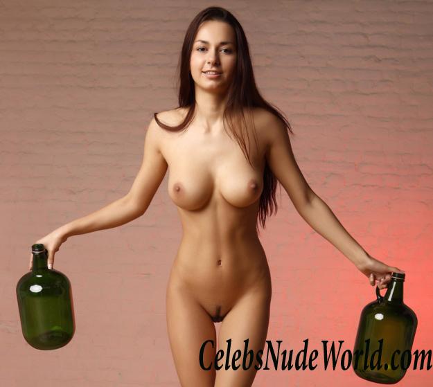 Model nude helga Helga nude