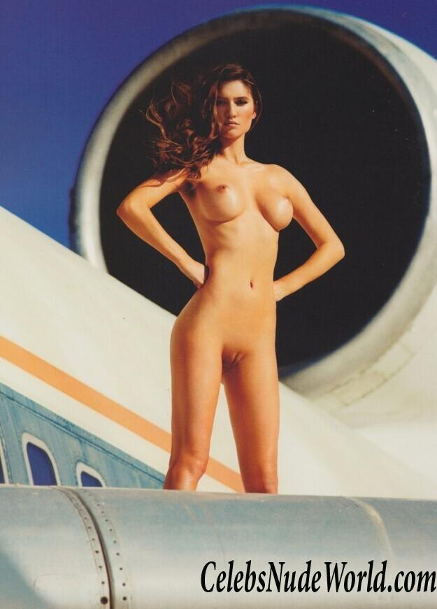 Elam nude elizabeth Elizabeth Elam: