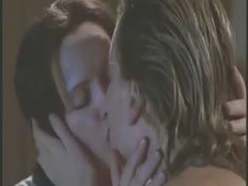 Charlize Theron lesbian kiss