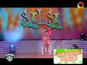 Floppy Tesouro TV Dance Nip Slip