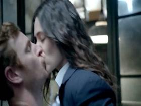 Emmy Rossum - Shameless - S04E04 1