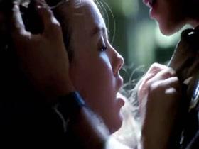 Kit Willesee Femme Fatales S01E01