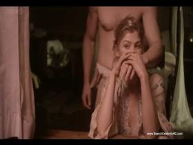 Rosamund Pike Nude Scenes - Women in Love sexy scene