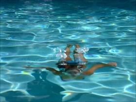 Jennifer Garner Bikini Scene