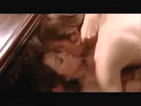 Elisabeth Hurley Sex Moment