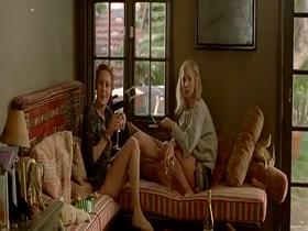 Brie Larson, Juno Temple - Greenberg (2010)