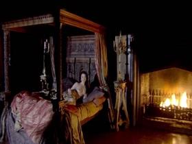 Natalie Dormer in The Tudors S02e02
