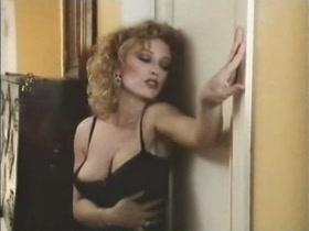 Alejandra Grepi in Playboy en paro (1984)