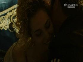 Elena Starace Gomorra La Serie s01e05 (2014) 720p