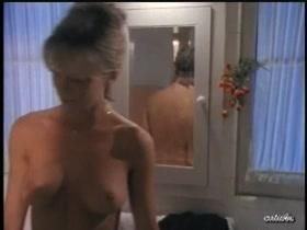Linda Hoffman  nackt