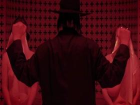 Marilyn Manson - Born Villain (Uncensored)