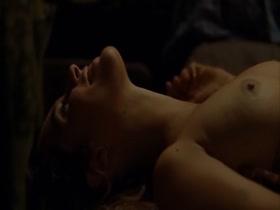 Vahina Giocante La blonde aux seins nus
