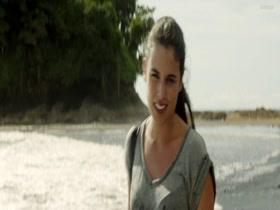 Adriana Ugarte Palmeras en La Nieve (ES2015) 1080p