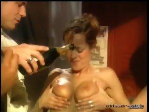 Candace Washington, Holly Hollywood, Tyler Gates in Sexy Urban Legends (2002)