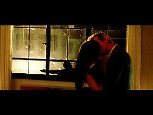 Carice van Houten - Komt een vrouw bij de dokter: een ode aan de liefde (2009)