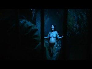 Carice van Houten - Game of Thrones (2011) 3