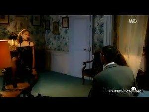Dany Verissimo , Lynsha - Missions de charme (2002)