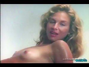 Darcy DeMoss, Elisa Gabrielli in Eden (1993)