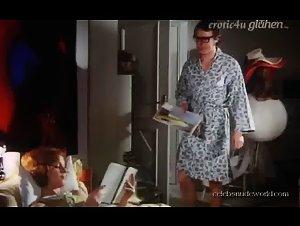 Elisabeth Volkmann - Hausfrauen-Report 1: Unglaublich, aber wahr (1971) 2