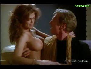 Amber Newman  nackt