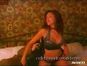 Kari Wuhrer - Red-Blooded American Girl 2 (1997)