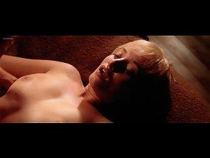 Sex scene smulders Cobie smulders