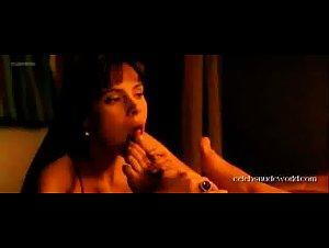 Mañá nackt Laura  Nude HD