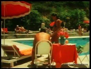 Laura Gemser - I mavri Emmanouella (1980) 3