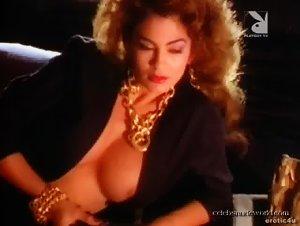 Rebecca Ferratti , Samantha Dorman - Playboy: Fantasies (1987)