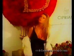 Tara Reid - Sean Combs' 35th birthday celebration (2004)