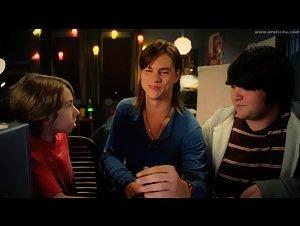 - Movie 43 (2013)