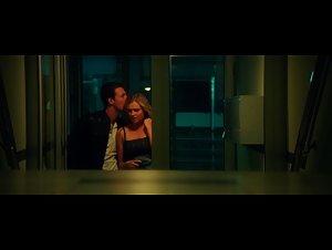Eliza Taylor - November Man (2014)