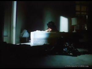 Gina Gershon , Jennifer Tilly - Bound (1996)